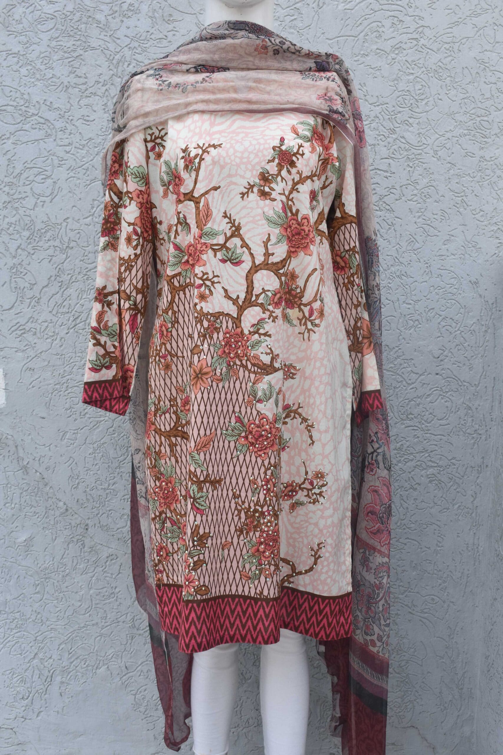 2 pc shirt printed with embellishment and chiffon dupatta
