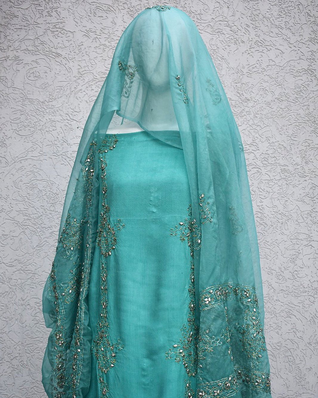 mint green golden gota work