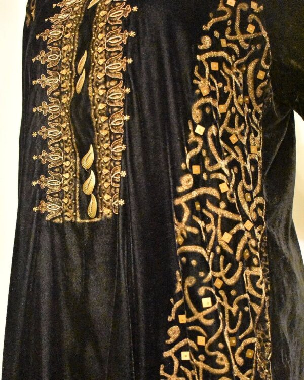 velvet black side angle