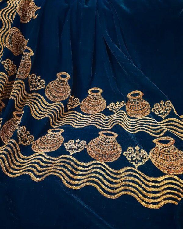 traditional matka shawl close up